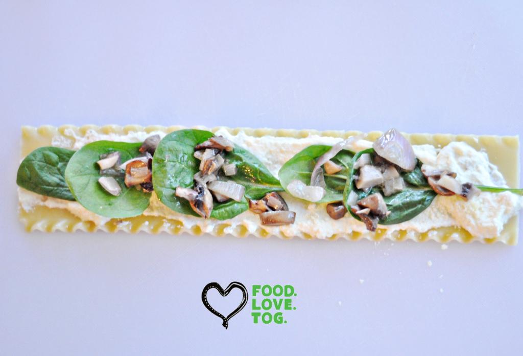 Mushroom & Spinach Lasagna Rolls |FoodLoveTog