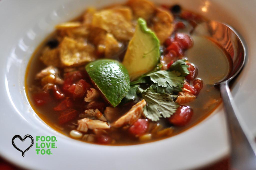 Chicken Tortilla Soup | FoodLoveTog